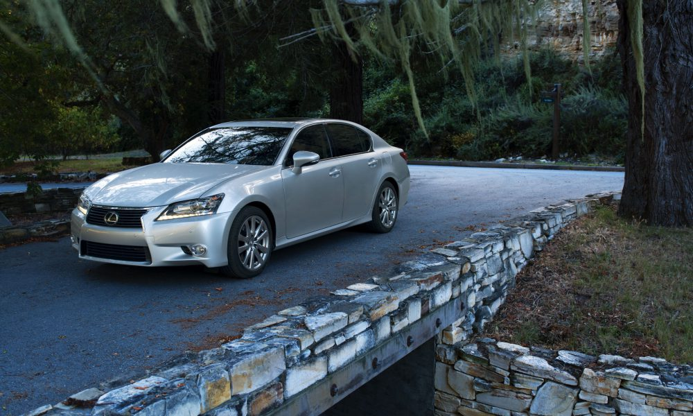2015 Lexus GS 350 Tempts with Design, Rewards with Performance and Luxury