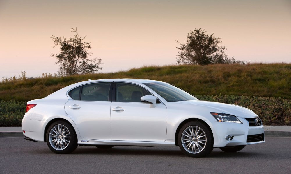 2015 Lexus GS 450h Revs Up Hybrid Driving Performance with New F SPORT Package
