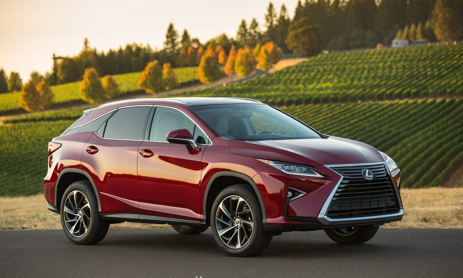 2016 Lexus RX Redefines Segment with Style, Ride Comfort and Luxury Utility