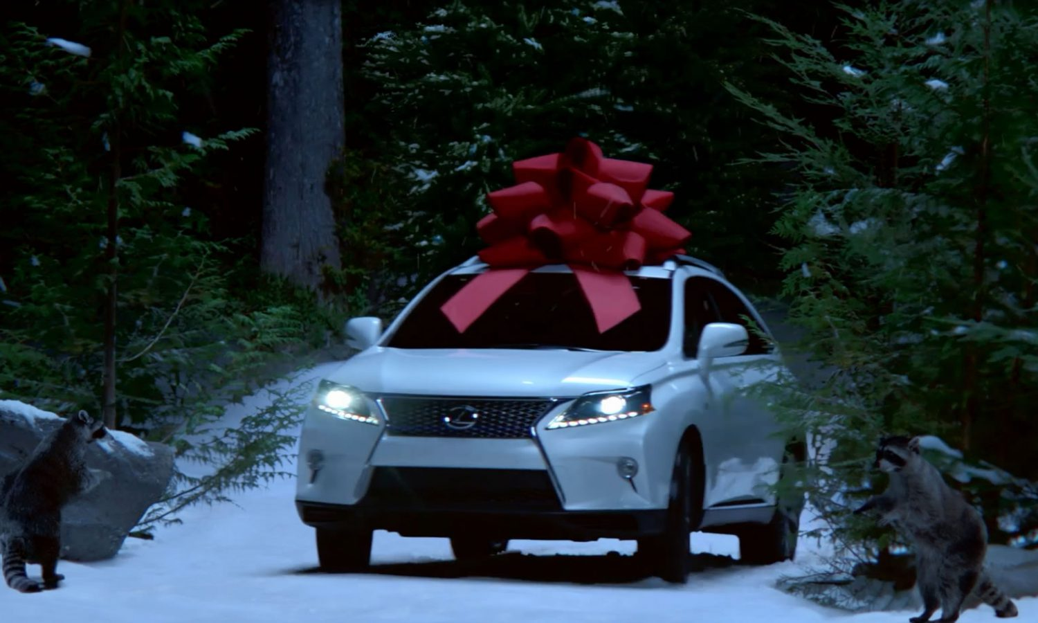 Lexus Celebrates Holiday Magic with December Sales Event Campaign