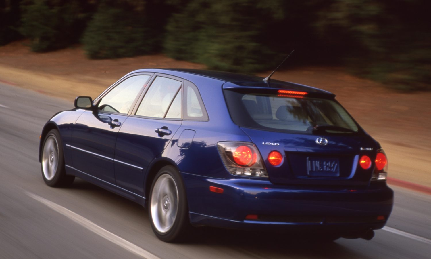 Lexus IS Icons: 2002 IS 300 SportCross