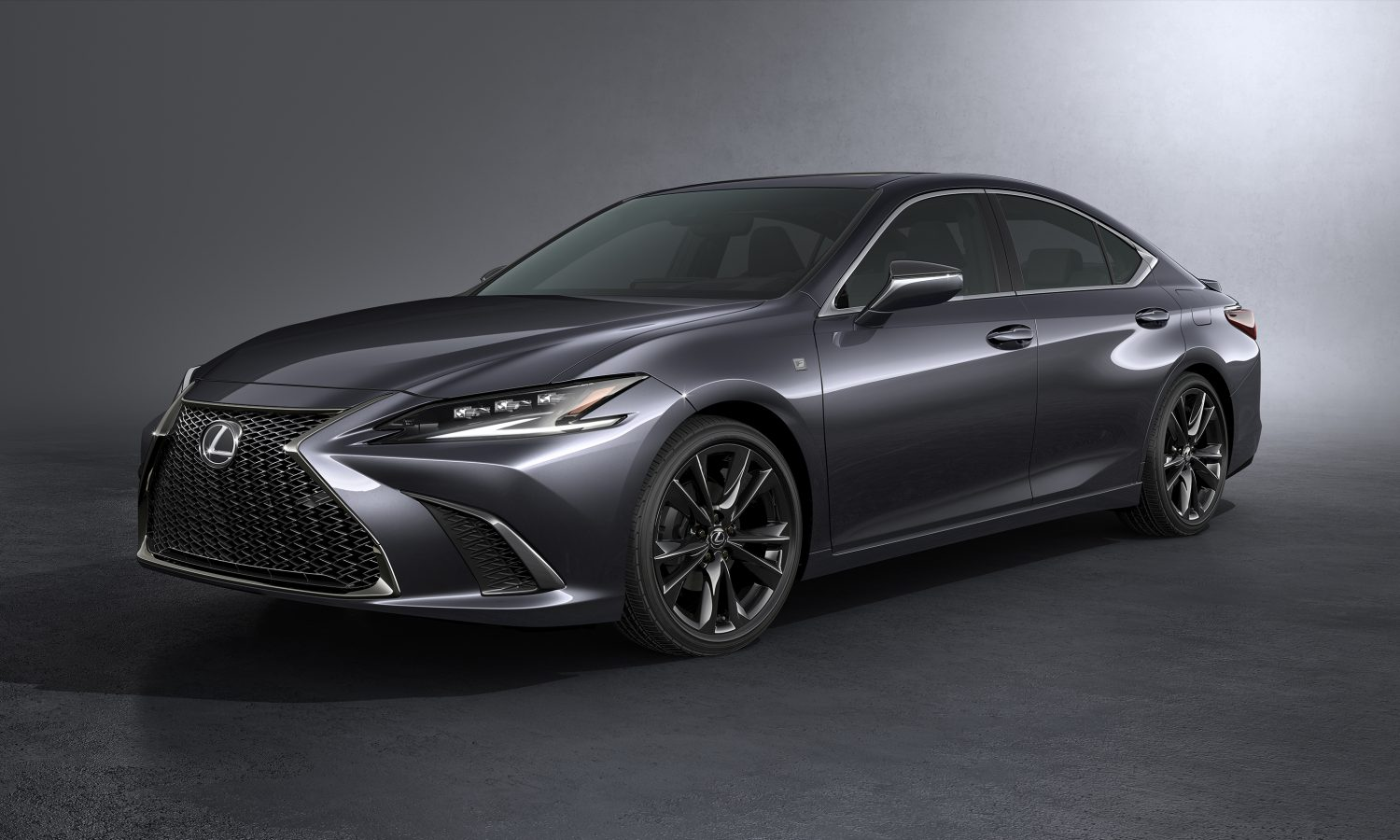 2022 LEXUS ES: THE QUINTESSENTIAL LUXURY SEDAN IS REFRESHED INSIDE AND OUT