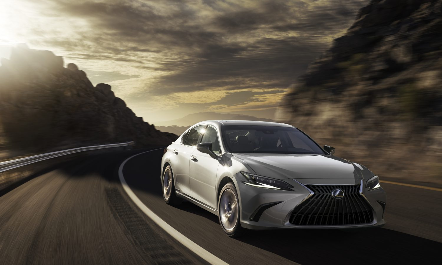 5 Things to Know About the 2022 Lexus ES